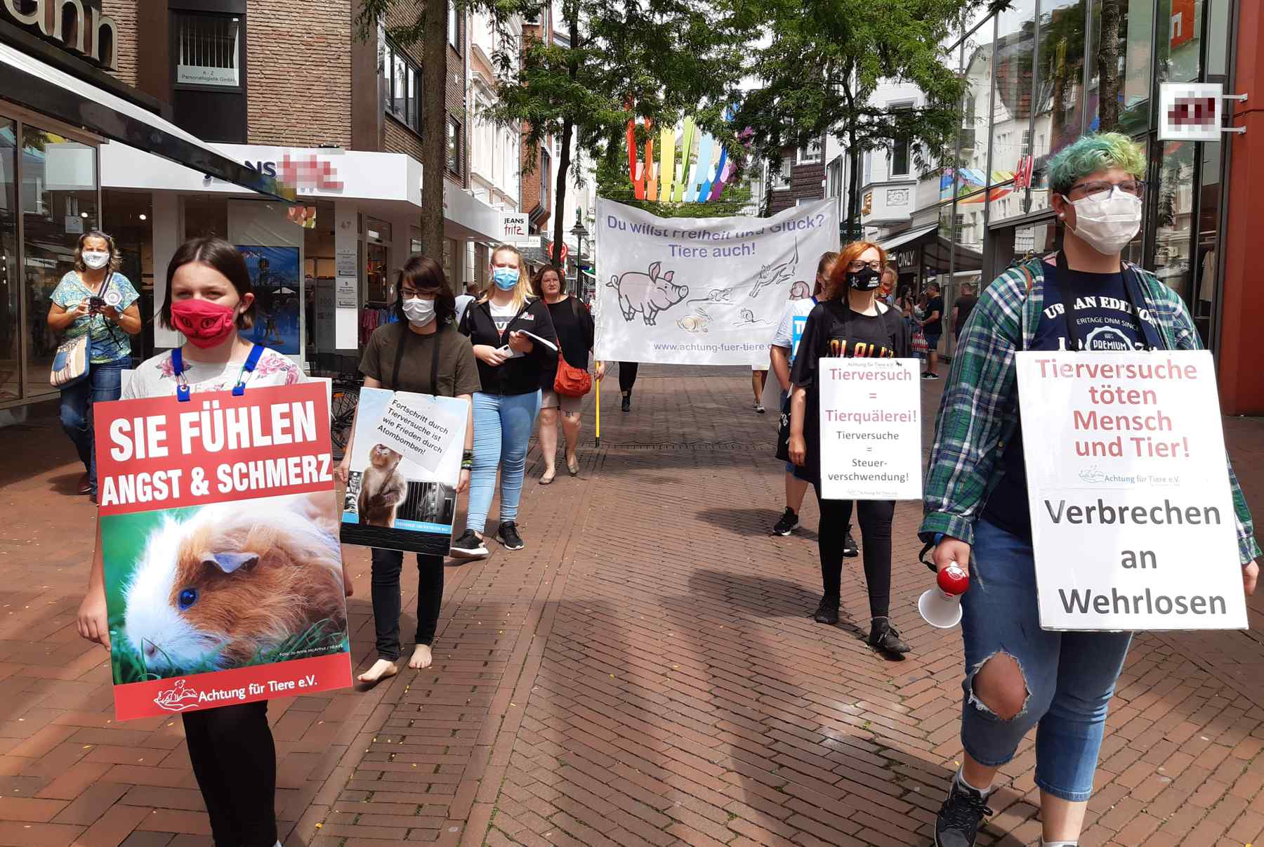 Demo_gegen_Tierversuche_Demozug_GT20